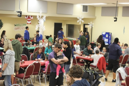 Crowd picture during the 2015 Crafts Night