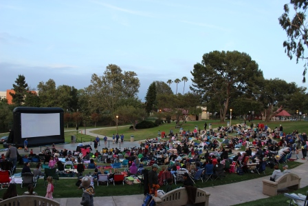 Manhattan Beach Movie in the Park