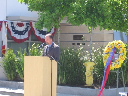 Mayor Aldinger makes remarks at the Public Safety Memorial Ceremony