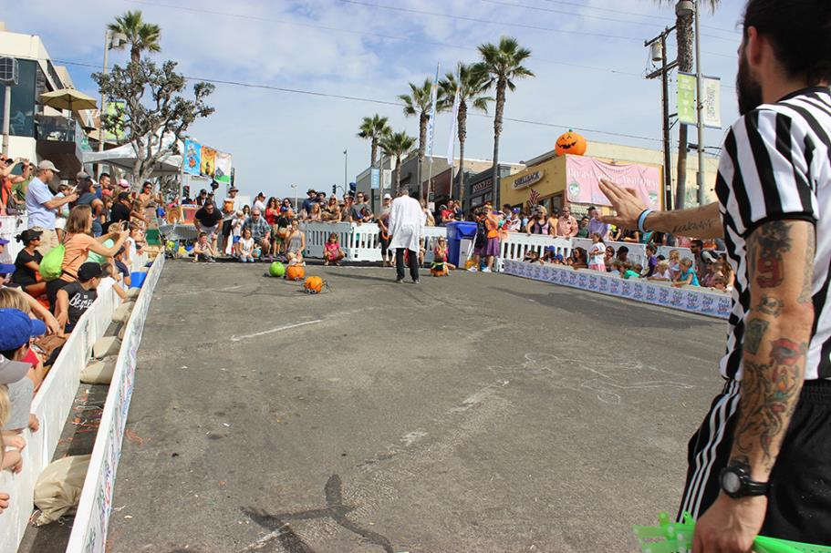 2015 Manhattan Beach Pumpkin Race