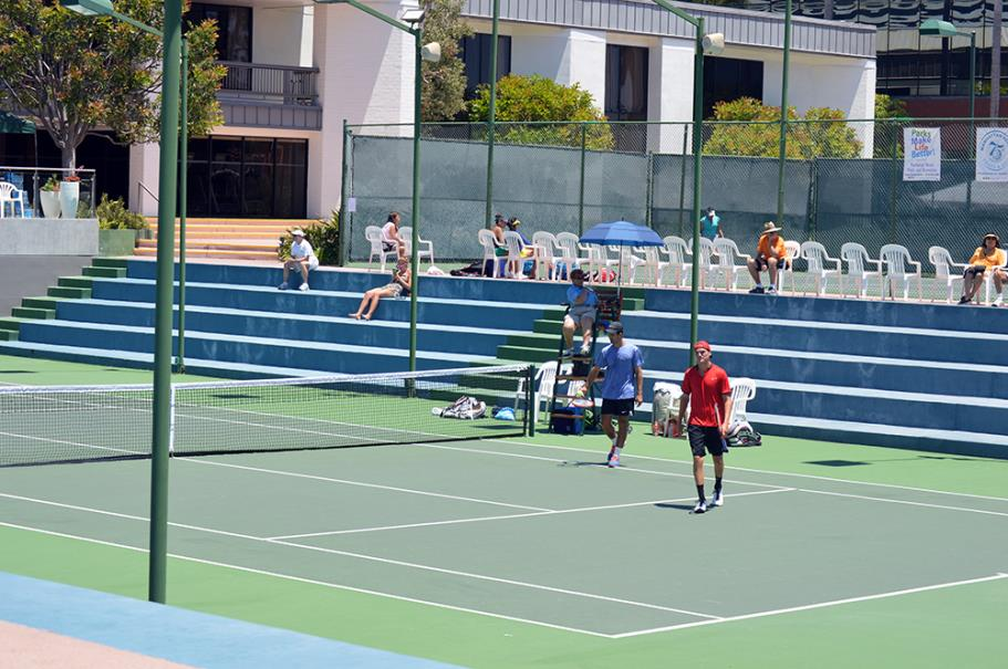 Doubles finals at the Manhattan County Club