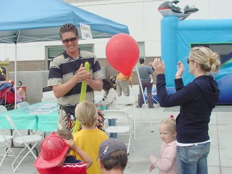 The balloon guy is a crowd favorite