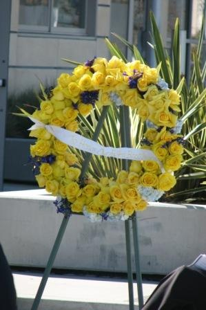 Manhattan Beach Police Officers Assoication provided the wreath in honor of the memory of the fallen officers