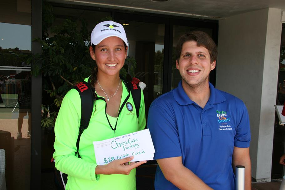 Ana Lorena Belmar-Osuna with Matthew Morrow after the Womens Singles Open Final